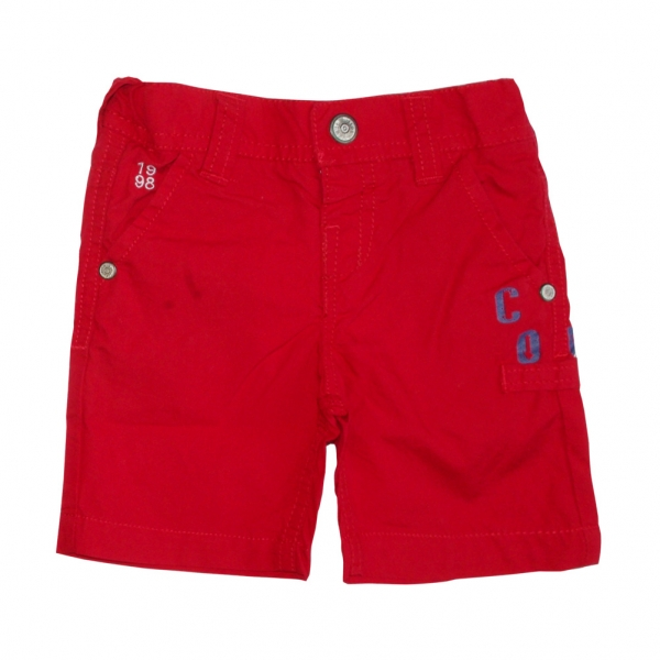 Red bermudas