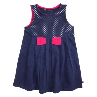 Sleeveless navy dress