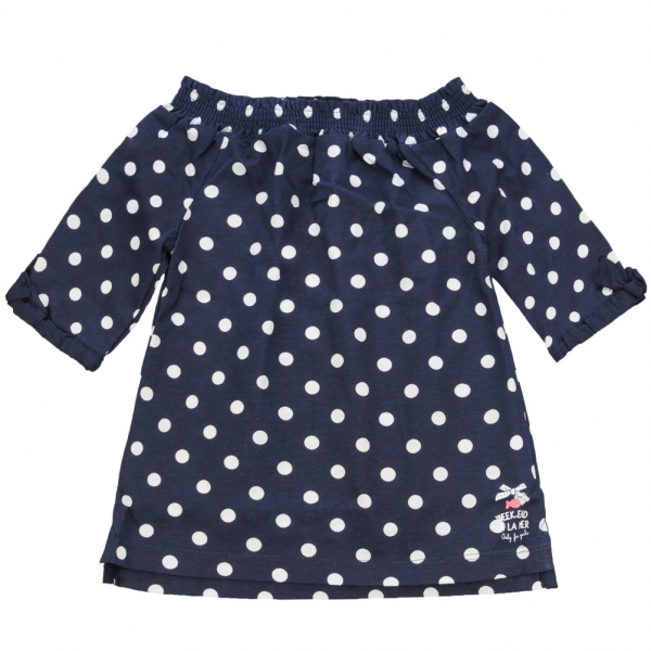 Off-the-shoulder dotted t-shirt