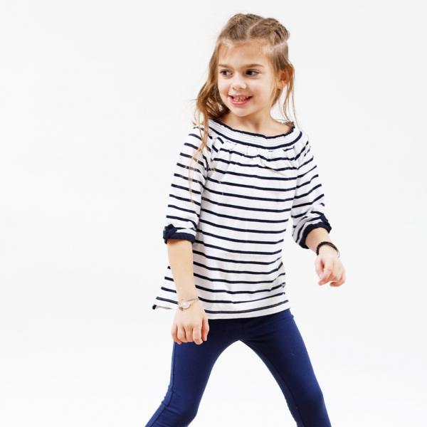 Off-the-shoulder striped t-shirt