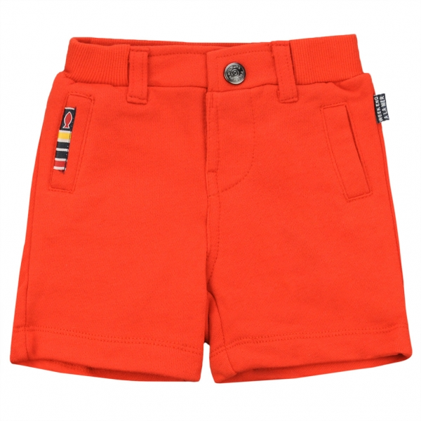 Orange bermudas